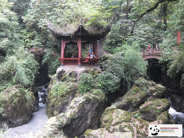 Mount Emei QingYing Pavilion
