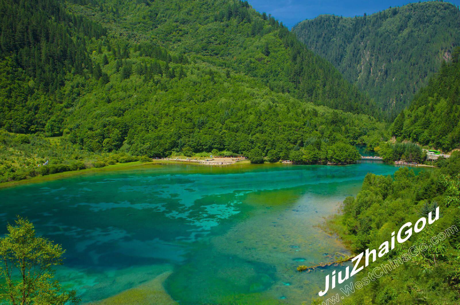 chengdu jiuzhaigou tour