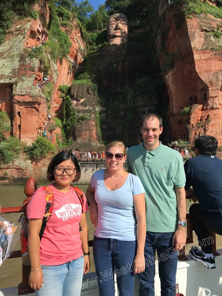 china chengdu leshan buddha tour