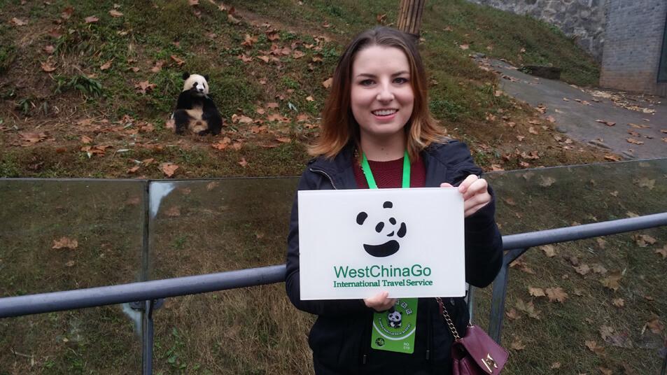 chengdu panda keeper