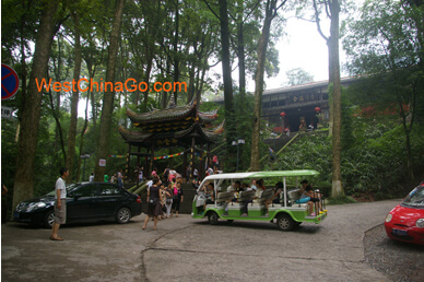 FuHu Temple--mount emei tour