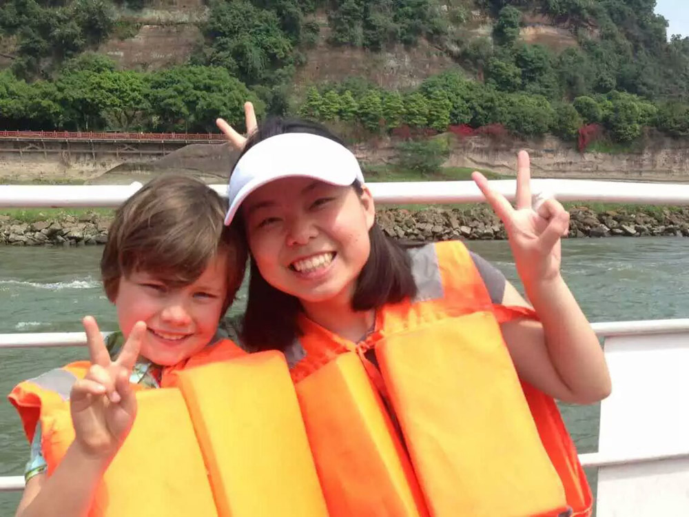 china chengdu tour guide:cassie