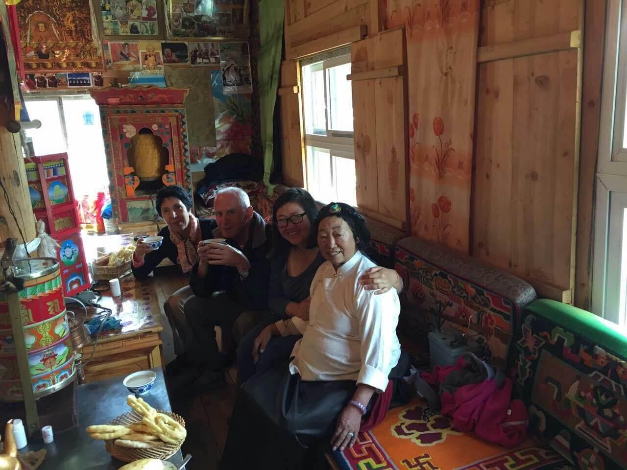 chengdu westchinago tour guide-HuiKan