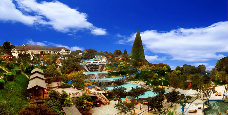 mount emeishan hot spring