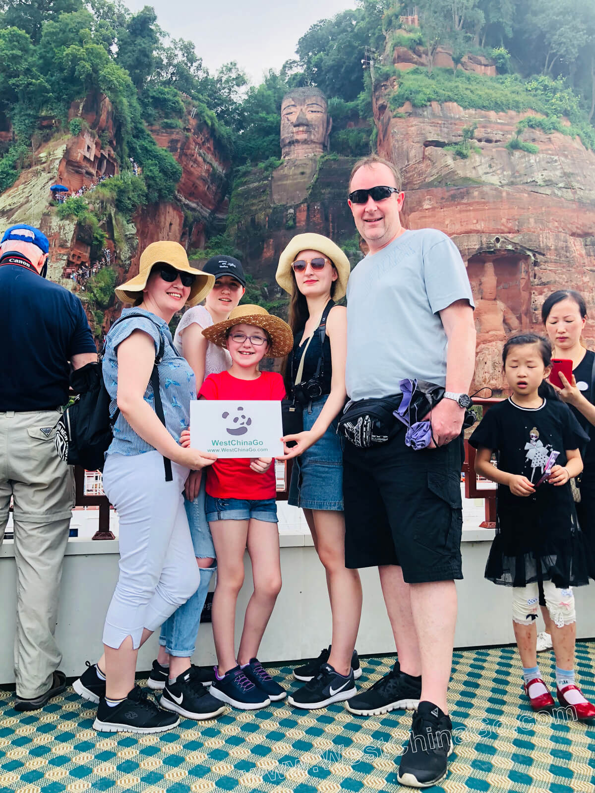 china leshan giant buddha tour