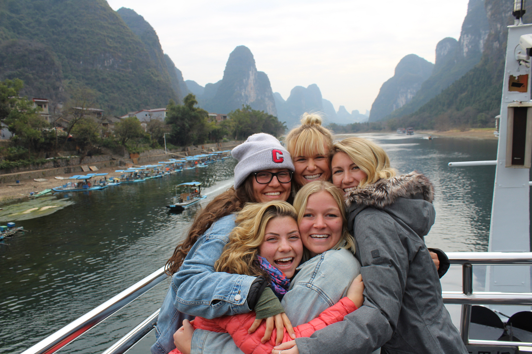 guilin li river 4 star boat cruise