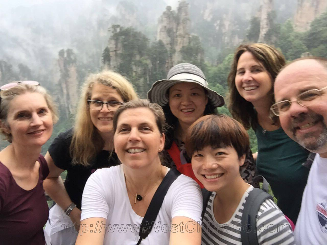 ZhangJiaJie Tour,Travel Guide
