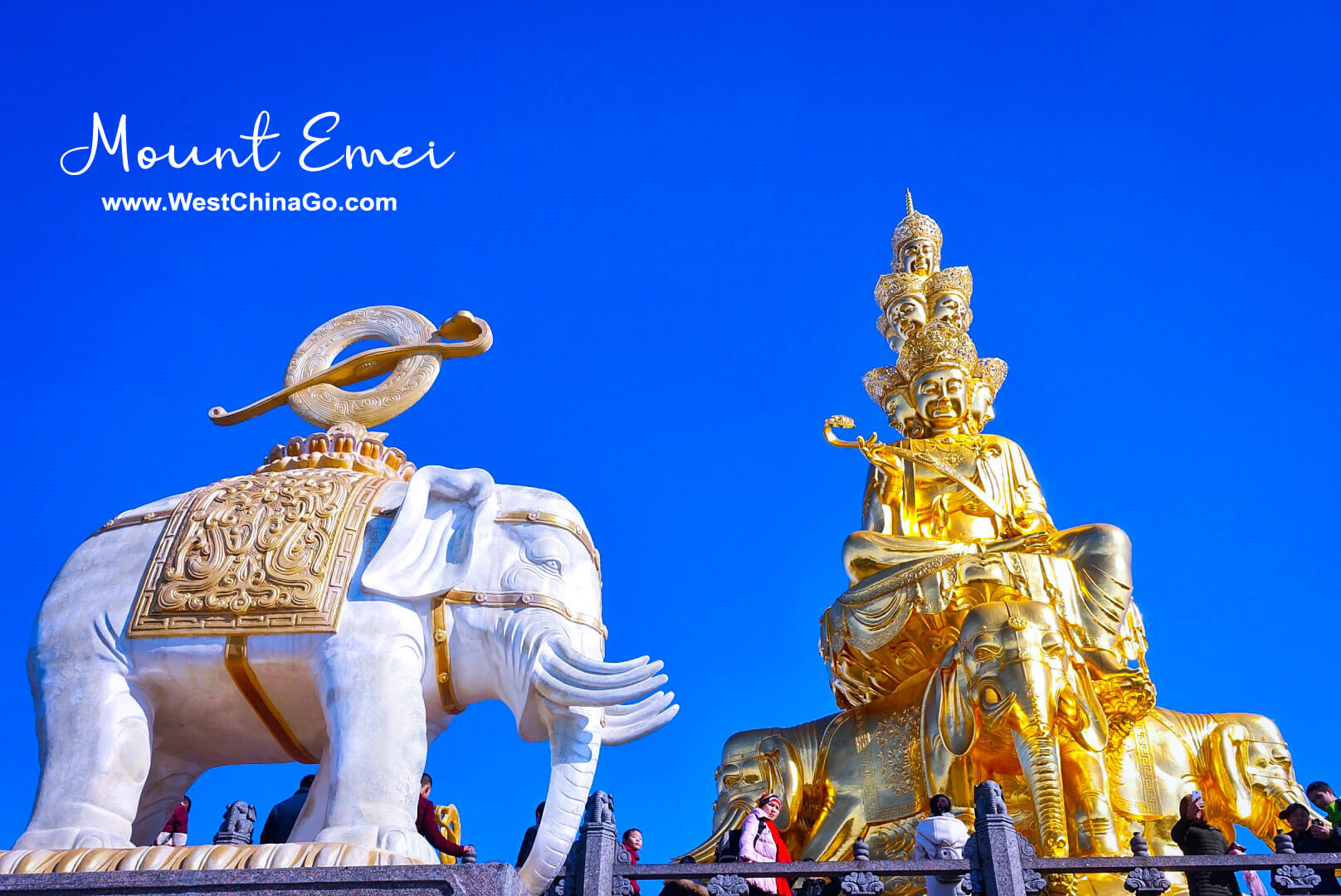 2-Day Mount Emei in-depth visit plus Wannian temple stay Tour